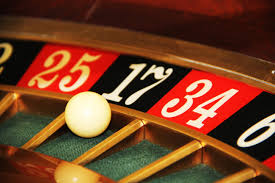 Play Online Casino Games with Fun And Enjoyment